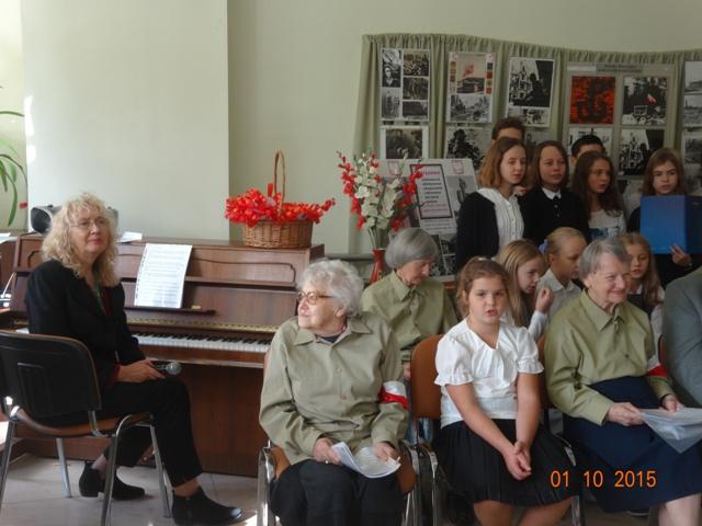 Pieśni powstańcze - spotkanie w DPS Kombatant klasy 3 i 6