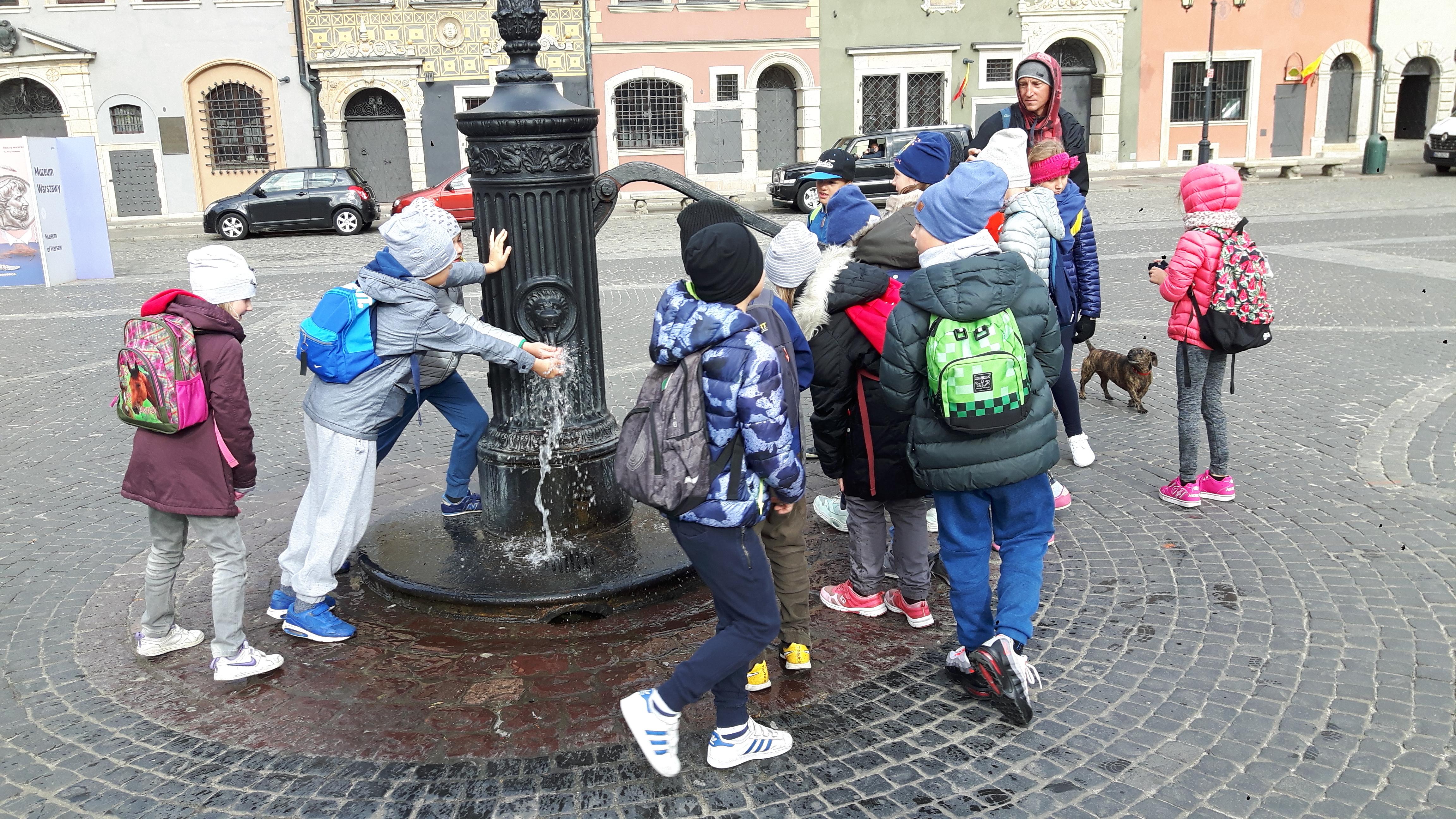 Spacer Ulicami Warszawy